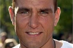 Vinnie Jones offers walkers life-saving tip