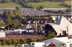 Glasto to show world cup game