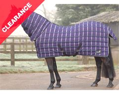 Quiltmasta 350 Fixed Neck Stable Rug